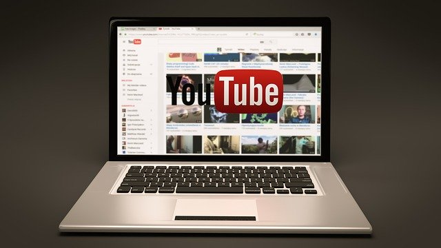 YouTubeを見ることができる端末