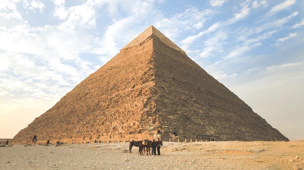ピラミッド-階級社会の特徴