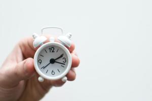 時計でかかる制限時間を計る