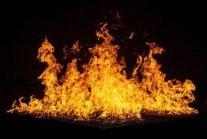 燃え盛る熱い炎(怒り)