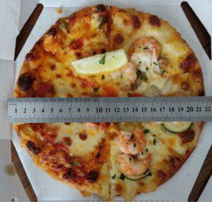 ピザーラスタイルのピザのサイズ
